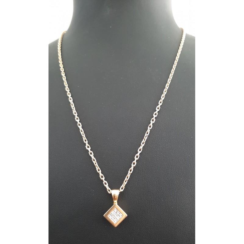 Pendentif carré en Diamant